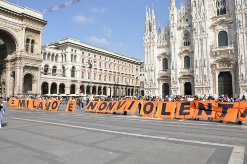 Tema: 2 OTTOBRE 2012 – WALK THE FUTURE: MILANO È NONVIOLENTA!